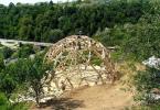 Дървената конструкция на сферичната къща