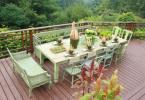 Трапеза на тераса с прекрасен изглед